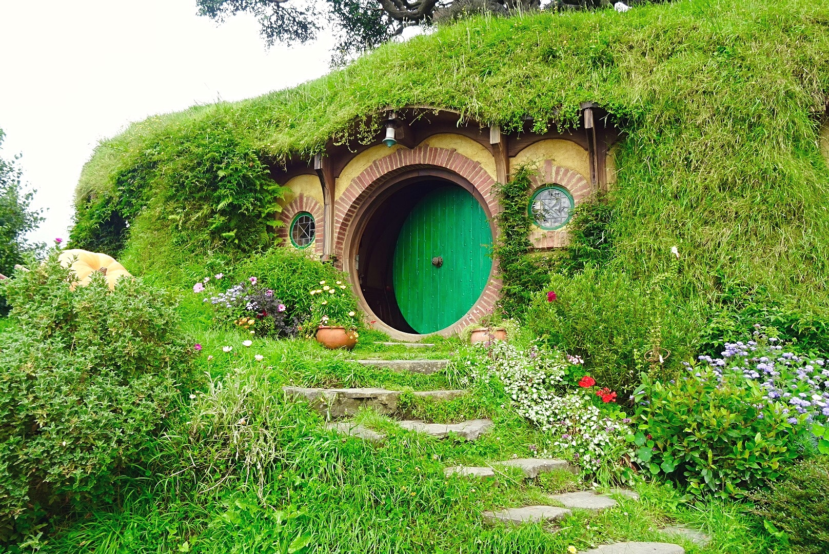 Bilbo's House, Hobbiton, New Zealand