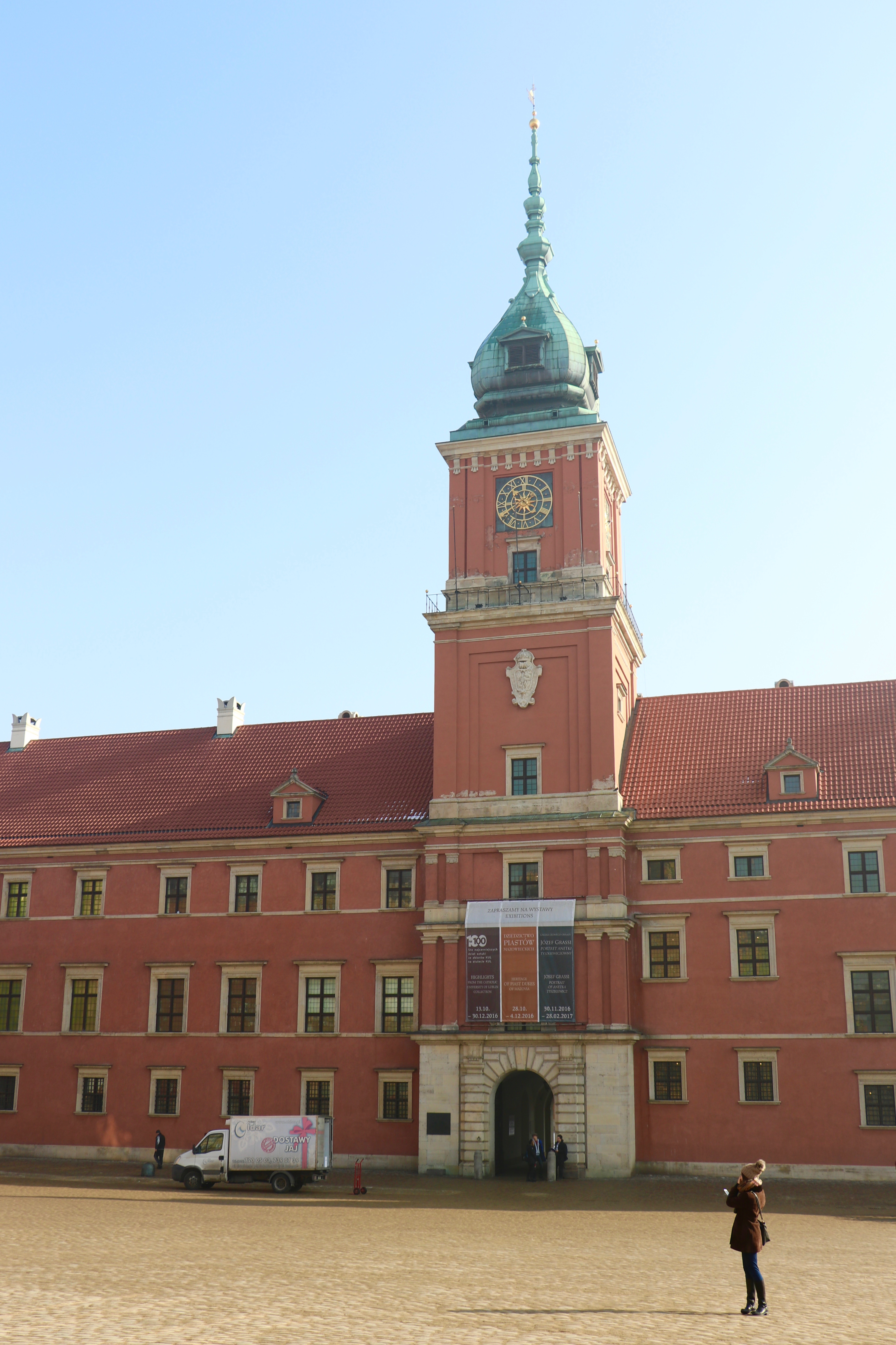 Royal Castle, Warsaw, Poland - spinthewindrose.com